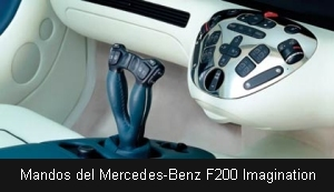 Mandos del Mercedes-Benz F200 Imagination